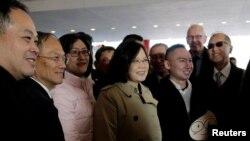 Tổng thống Đài Loan Thái Anh Văn đến một khách sạn tại Houston, Texas ngày 7/1/2017 trên đường đi thăm các nước Trung Mỹ..