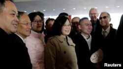 La presidenta de Tsai Ing-wen pernoctó durante una escala en Houston, Texas, el sábado, 7 de enero, de 2016, en su viaje hacia Centro América.