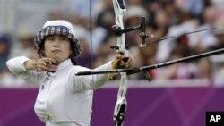 2일 런던 올림픽 여자 양궁 개인전에서 금메달을 딴 기보배 선수.