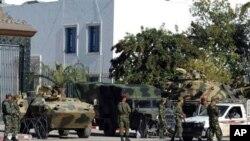 د تونس جمهور رئیس د ملک نه وتلی دی