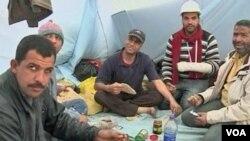 Čekajući Mubarakovu ostavku - prosvjednici pod šatorima