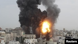 Phi cơ Israel oanh kích các tòa nhà chính phủ của Hamas trong Dải Gaza