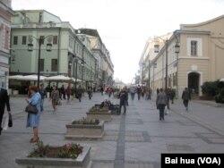 莫斯科市街头 (美国之音白桦拍摄)