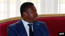 Le Président du Togo Faure Gnassingbé lors d'une réunion au palais présidentiel à Abidjan, le 20 novembre 2017
