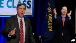 Senator Džef Merkli, demokrata iz Oregona