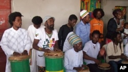Tocadores Nyabhing de Luanda