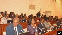 A bancada parlamentar da Renamao opõe-se à revisão constitucional