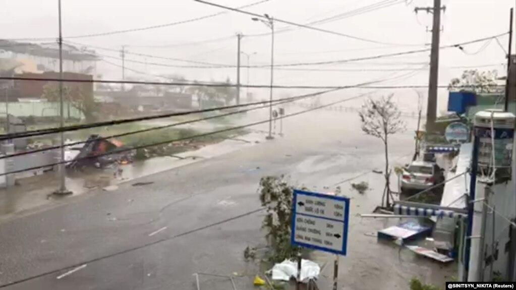 Bão Damrey gây thiệt hại ở tỉnh Khánh Hòa vào tháng 11/2017.