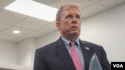 លោកឯកអគ្គរដ្ឋទូតសហរដ្ឋអាមេរិក W Patrick Murphy ផ្តល់បទសម្ភាសដល់វីអូអេ ពី«ការហូរច្រោះ»នៃការអនុវត្តប្រជាធិបតេយ្យនៅកម្ពុជា និងក្ដីរំពឹងក្រោមរដ្ឋបាលថ្មីរបស់ប្រធានាធិបតីជាប់ឆ្នោតលោក Joe Biden នៅភ្នំពេញ ថ្ងៃទី ១៧ ខែធ្នូ ឆ្នាំ២០២០។ (ខាន់ សុគុំមនោ/វីអូអេ)