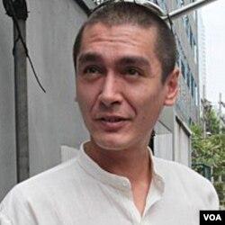 Kim Aris, putera bungsu Aung San Suu Kyi.
