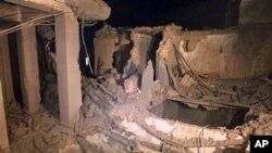 Το ΝΑΤΟ βομβάρδισε τη Τρίπολη