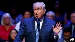 共和党总统候选人川普在缅因州的一个竞选集会上。(2016年8月4日)