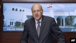 黎巴嫩新总理米卡提周一在黎巴嫩总统府发表讲话