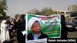 ABUJA: Lokacin da mata 'yan Shi'a suke zanga zanga domin a sako shugabansu, Sheikh Ibrahim El-Zakzaky