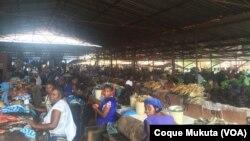 Mercado Zango 1 em Luanda