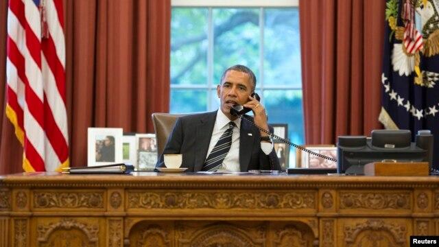 Tổng thống Obama gọi điện cho Tổng thống Pháp về vụ nghe lén