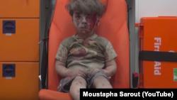 Capture d'écran de la vidéo de Moustapha Sarout, Aleppo Media Center, à Alep. La vidéo a été postée le 17 août sur son compte YouTube.