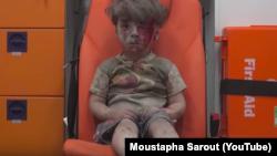 Capture d'écran de Moustapha Sarout, Aleppo Media Center, à Alep. La vidéo a été postée le 17 août sur son compte YouTube.