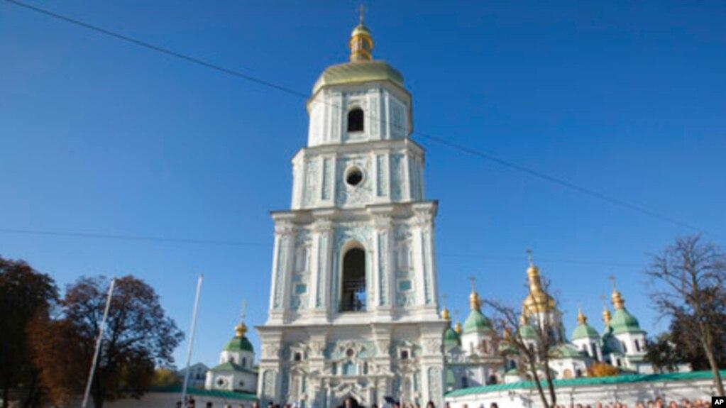 Константинопольский патриархат подтвердил намерение предоставить Украинской церкви томос