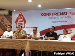 Jumpa pers mengenai acara dengan judul VISI Indonesia di Batik Kuring, Jakarta, Jumat, 12 Juli 2019. (Foto: VOA/Fathiyah)