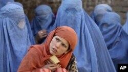 افغان پولیس: یوافغان خپله میرمن په دې خاطر وژلی چې ولي یې لور زیږولې
