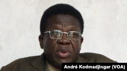 Docteur Evariste Ngarlem Toldé, politologue, novembre 2019 (VOA/André Kodmadjingar).
