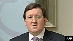 Lord Robertson: NATO na ivici provalije