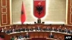 Shqipëri: Parlamenti fillon diskutimet në parim për buxhetin e ri