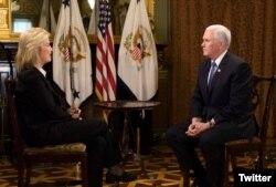 마이크 펜스 미국 부통령(오른쪽)이 3일 VOA와의 인터뷰에서 미국의 대북정책에 관해 설명했다.