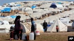 시리아 북부 이들리브 지역에 위치한 난민 캠프. (자료사진)