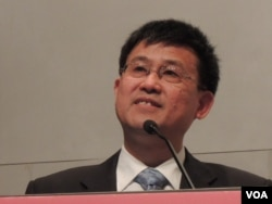 上海社會科學院台灣研究中心秘書長王海良表示,兩岸應該盡快展開政治對話(美國之音湯惠芸)