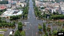 河南新鄉衛輝城暴雨成災後的街道。(2021年7月26日)