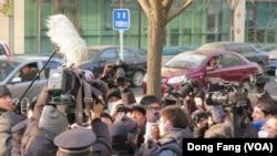 警方騷擾採訪許志永案的外國記者