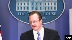 白宫发言人吉布斯在新闻发布会上