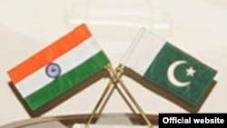 پاکستان اور بھارت کے پرچم
