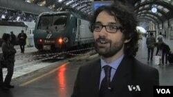 Ông Andrea Di Nicola, giáo sư về tội phạm tại trường Đại học Trento ở Italia, đã đi khắp châu Phi và Trung Đông để phỏng vấn những người có dính dáng đến mạng lưới đưa người lậu.
