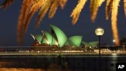 澳大利亚观光热点--悉尼歌剧院