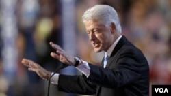 ອະດີດ ປະທານາທິບໍດີ ສະຫະລັດ ທ່ານ Bill Clinton