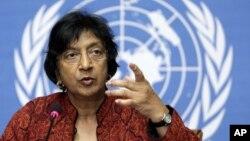 Cao ủy trưởng Cao ủy Nhân quyền Liên hiệp quốc Navi Pillay nói bà bận tâm vì có những cáo buộc sử dụng bạo lực nhắm vào người dân Tây Tạng tìm cách thực thi những quyền con người cơ bản của mình