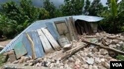 Devastasyon nan vilaj Melon, 3èm Seksyon Kominal Manich, tou pre Okay, 19 Out 2021. (Foto: Jean Handy Tibert).