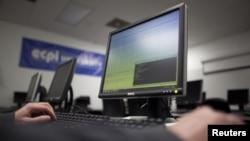 A los cursos podrá tener acceso cualquier persona con una computadora y conexión de Internet.