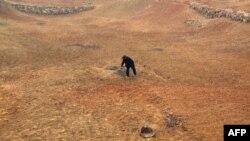 Cánh đồng khô cằn vì hạn hán trầm trọng ở Trung Quốc