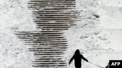 Evropë: Meteorologët parashikojnë vazhdimin e motit të keq