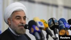 Yeni İran Cumhurbaşkanı Hasan Ruhani seçim zaferinden sonra düzenlediği ilk basın toplantısında