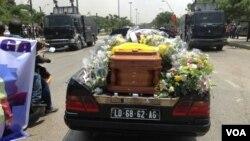 Les funérailles de l'opposant Manuel de Carvalho Hilberto Ganga à Luanda, Angola.