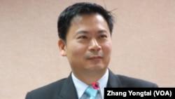 國民黨立委吳育仁(美國之音張永泰拍攝)