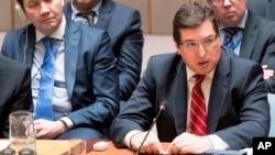 Vladimir Safronkov, portavoz adjunto de la Federación de Rusia, habla durante una reunión del Consejo de Seguridad sobre la situación en Siria, el viernes 7 de abril de 2017 en la sede de las Naciones Unidas.