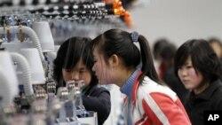 북한 평양의 스타킹 공장. (자료사진)