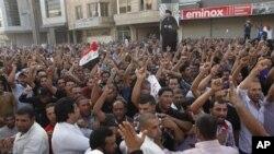 지난 6월 이라크 바그다드에서 벌어진 반정부시위. (자료사진)