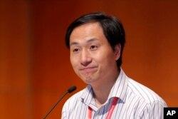 El segundo posible embarazo está en una fase muy inicial indicó He Jiankui el miércoles 28 de noviembre en una conferencia en Hong Kong.